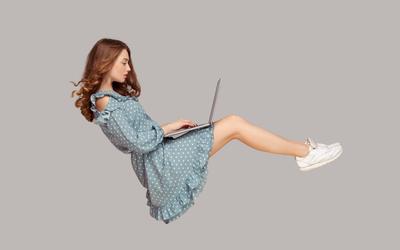 «Или хорошо, или ничего»: как писать о своей работе в соцсетях