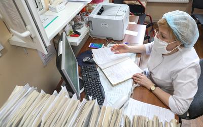 Принят закон о новом порядке выплаты больничных
