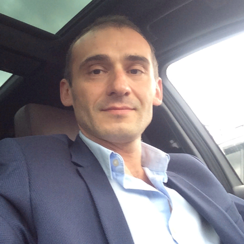 Москва администратор в автосалон автосалоны москва ford focus